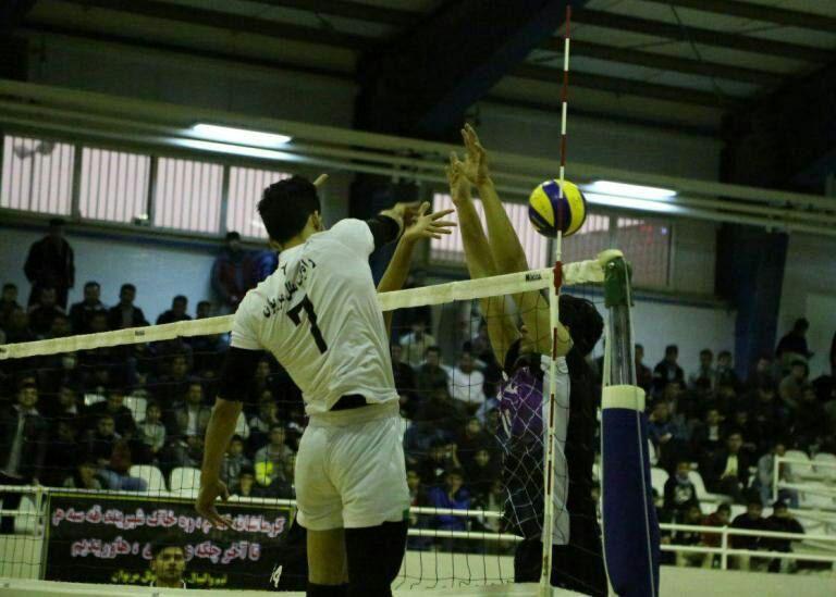 راه یاب ملل مریوان با شکست نماینده مهاباد سومین پیروزی را کسب کرد