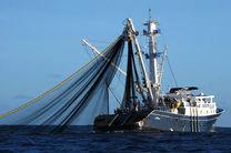 توقیف سه کشتی صیادی در آبهای جاسک