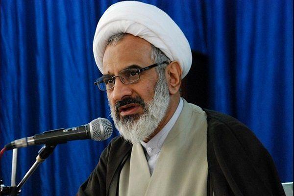 حفظ حرکت و شتاب انقلاب بر عهده پاسداران انقلاب اسلامی است