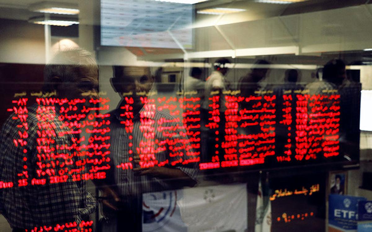 شاخص بورس در جریان معاملات امروز ۴ اردیبهشت ۱۴۰۰/ شاخص به یک میلیون و ۱۹۹ هزار واحد رسید