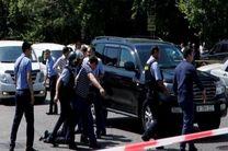 وضعیت قرمز در آلماتی / جستجو برای بازداشت مهاجم مسلح ادامه دارد