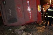 خواب آلودگی علت اصلی واژگونی اتوبوس تهران- شیراز