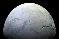 ناسا اعلام کرد: احتمال وجود حیات در قمر زحل