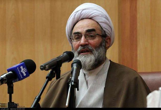 تاسی از ویژگی های شخصیتی امام راحل وظیفه ی مهم مسئولان است