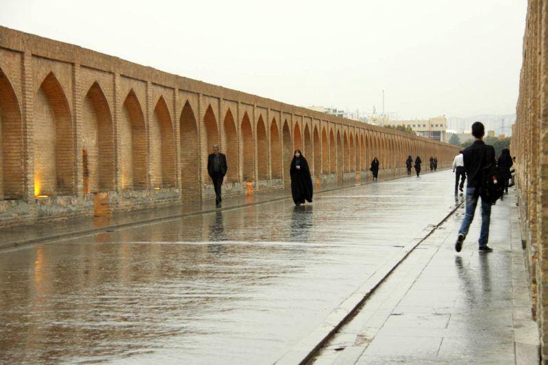 پایان هفته بارانی در اصفهان