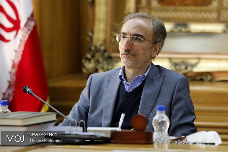 دولت باید به شهرداری ها اعتماد کند