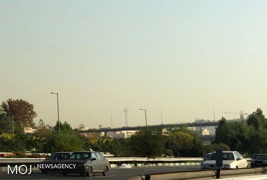 کیفیت هوای تهران در 7 آذر ناسالم است