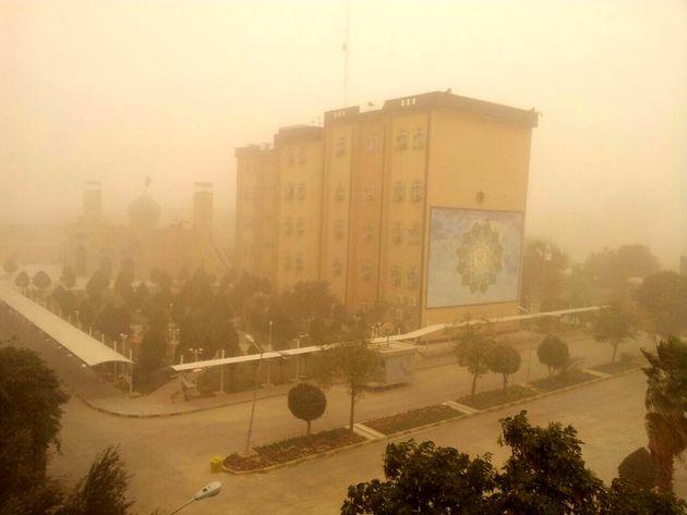 فردا نیمه غربی خوزستان با کاهش دید ناشی از دود شروع می شود