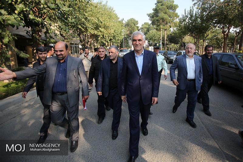 پرونده مستثنی شدن شهردار تهران از قانون منع بکارگیری بازنشستگان برای همیشه بسته شد