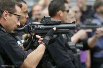 شلیک اشتباهی پلیس فرانسوی به هنگام سخنرانی «فرانسوا اولاند»