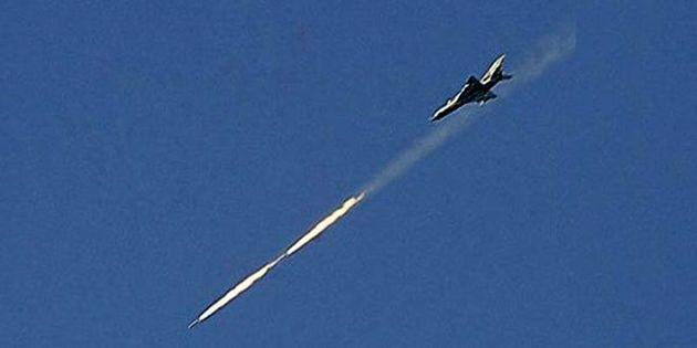 حملات هوایی نیروی هوایی سوریه علیه مواضع تروریست های داعش