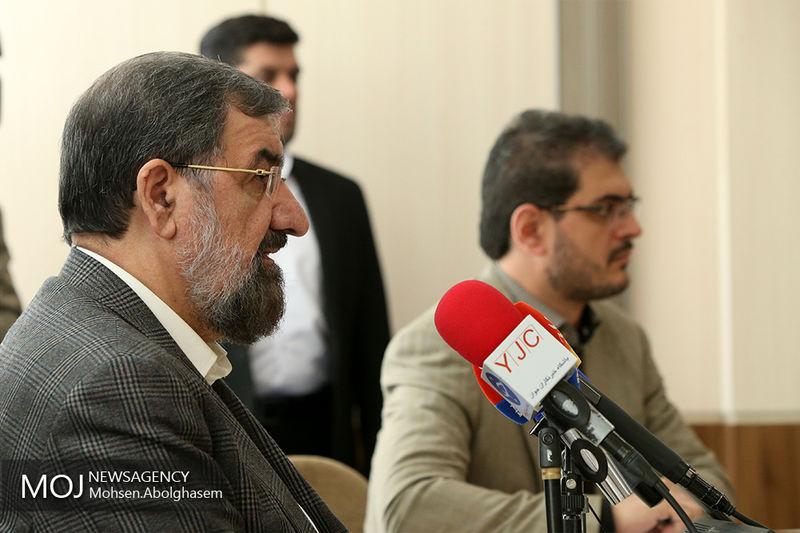 درباره ریاست مجمع تشخیص مصلحت نظام رهبر انقلاب باید تصمیم بگیرند