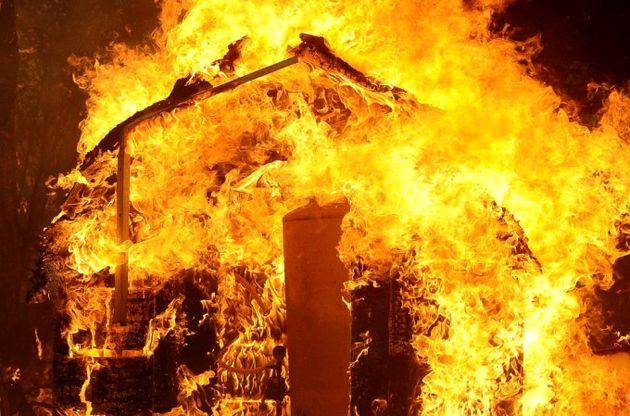 انفجار شدید در فرجام مصدوم و فوتی نداشت / طبقه سوم خسارت جدی دید
