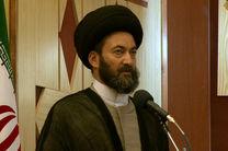 دشمنان از شعارهای امام حسین در بین مسلمین و آذایخوهان جهان هراس دارند