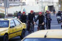 شهردار تهران امروز  با دوچرخه و اتوبوس به سرکار رفت