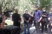 پیکر مسعود مهرابی در قطعه هنرمندان به خاک سپرده شد/اجازه ندهیم یادگار مهرابی همراه با او خاک شود