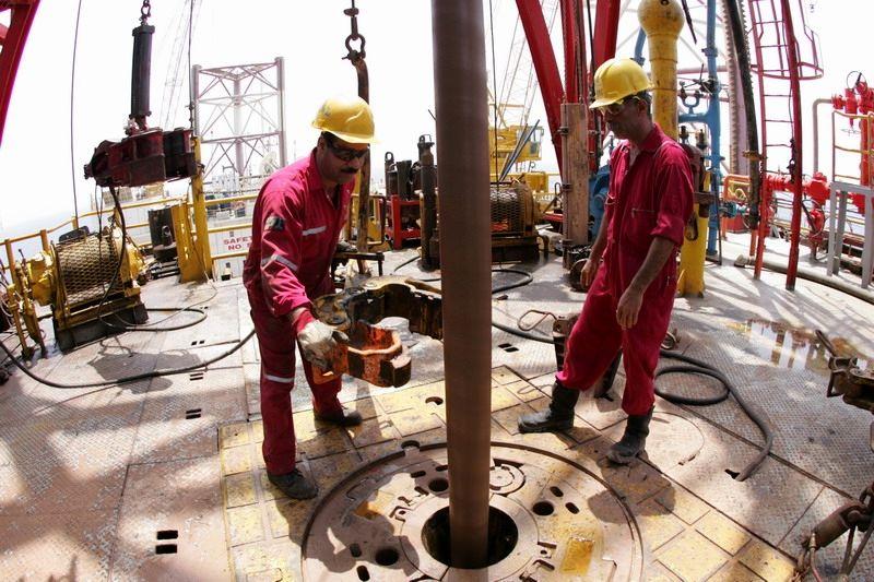 حفر ۱۵ حلقه چاه نفت و گاز جدید در فروردین 99
