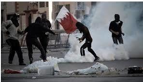 یورش نیروهای پلیس آل خلیفه به تظاهر کنندگان
