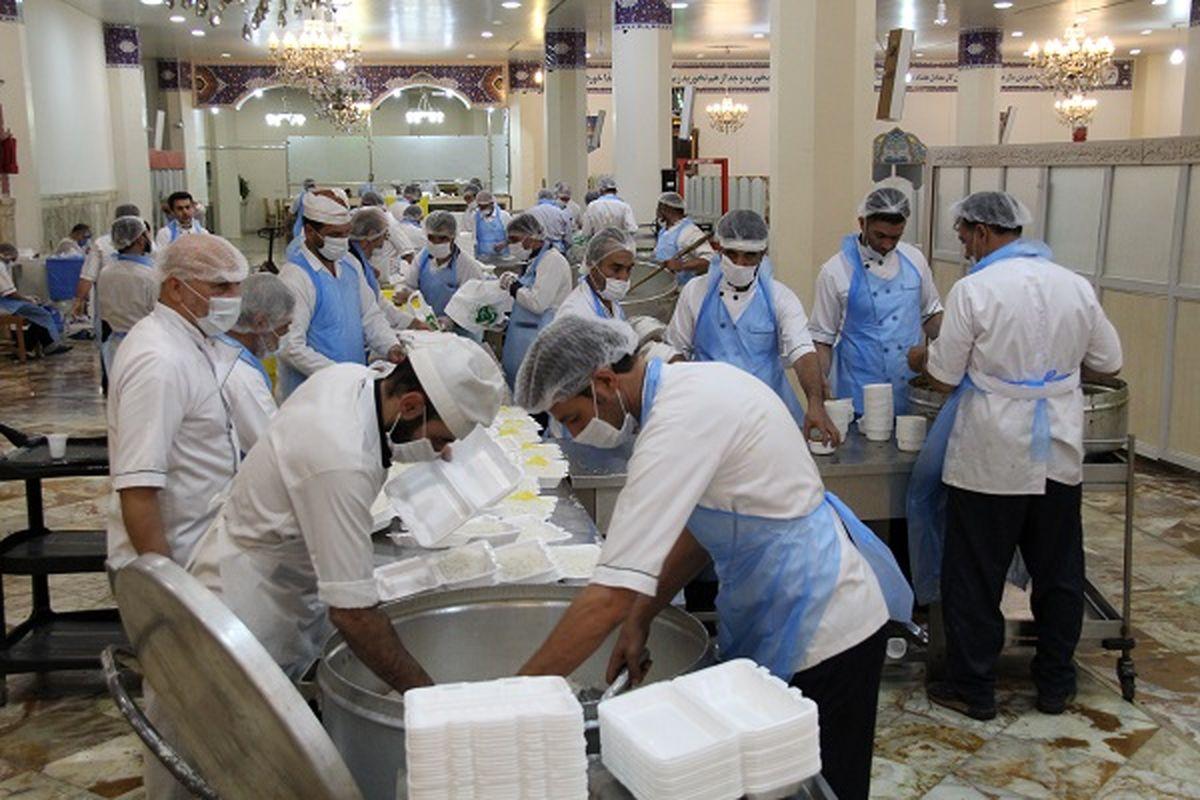 200 هزار پُرس غذای گرم در بین مددجویان کمیته امداد قم توزیع خواهد شد