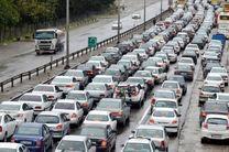آخرین وضعیت ترافیکی جاده های کشور/ ترافیک نیمه سنگین در آزاد راه تهران- کرج