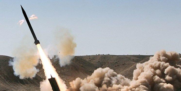 حمله موشکی ارتش یمن به مواضع ائتلاف سعودی / ۱۱ تن کشته شدند