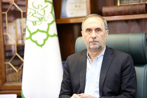 شهردار منطقه ۲ در جشنواره چهره سال راه و ساختمان برتر شد