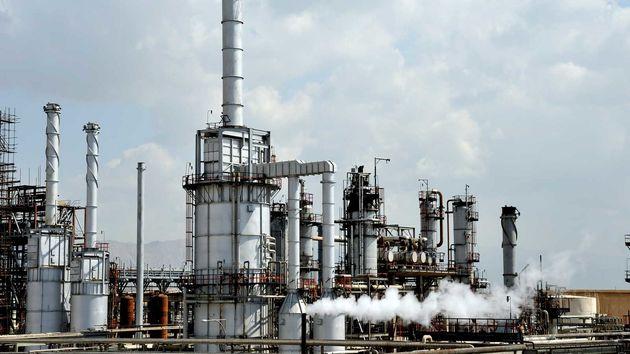 15 میلیون لیتر تولید بنزین در کشور کمبود داریم