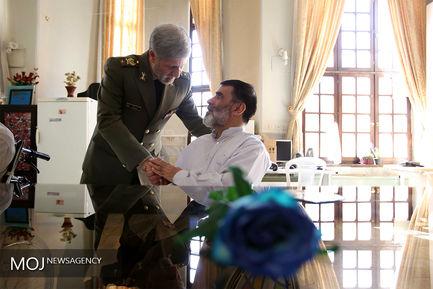 بازدید وزیر دفاع از آسایشگاه جانبازان دوران دفاع مقدس
