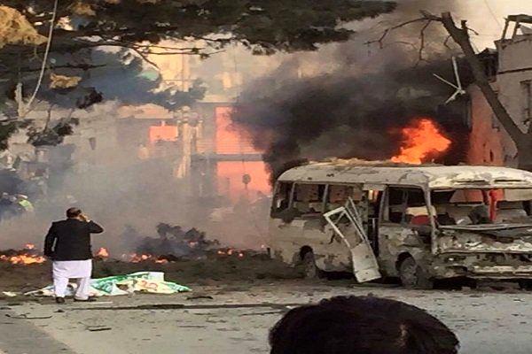 بیش از 100 کشته در انفجار انتحاری میان آوارگان دیرالزور
