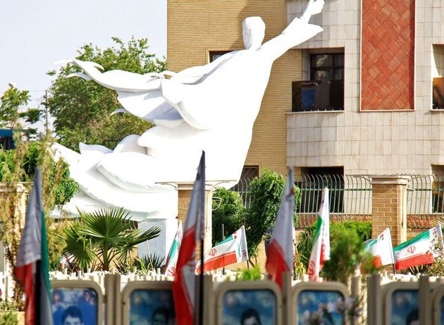 ساماندهی گلستان شهدای اصفهان به پایان رسید
