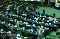 سوال از وزیر فرهنگ و ارشاد اسلامی در دستور کار امروز مجلس قرار گرفت