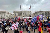 آغاز تجمع معترضان مسلح در مقابل کنگرههای ایالتی آمریکا