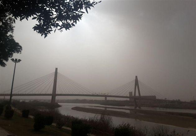 هوا در اهواز آلوده است