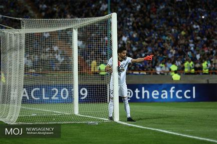 دیدار تیم های فوتبال استقلال ایران و الدحیل قطر