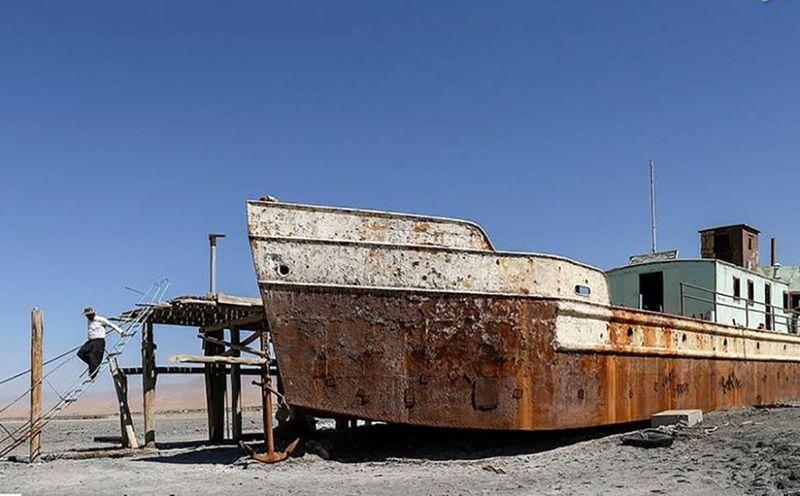 ساماندهی اسکله های متروکه و کارگاه های تعمیر و ساخت شناور در خوزستان