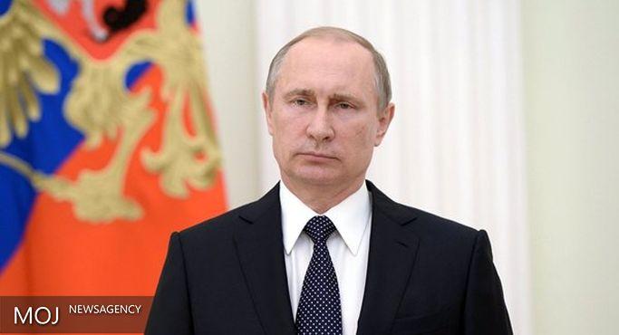 پوتین به اولاند و مردم فرانسه تسلیت گفت