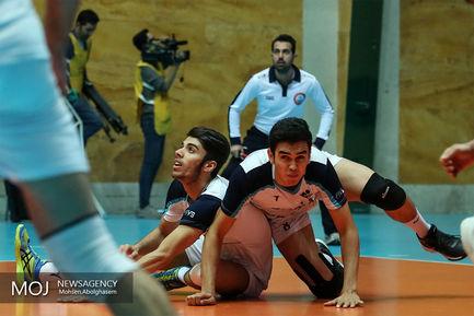 دیدار تیم های والیبال پیکان و شهرداری ورامین