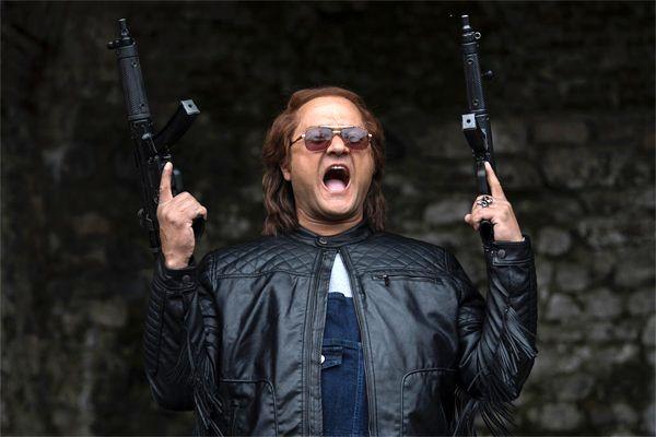 نقش متفاوت رامبد جوان در فیلم سینمایی قانون مورفی