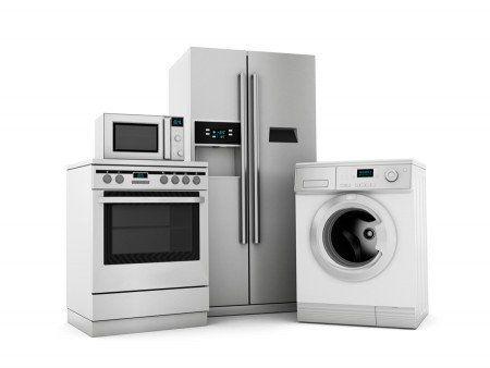 تمامی وسایل لوازم خانگی با همان سود قانونی در حال فروش است / برخورد با گران فروشان