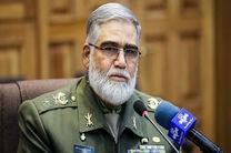 دشمن از طریق تحریم ها می خواهد بین مردم و حاکمیت فاصله بیندازد