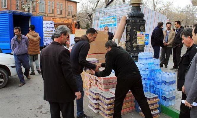 ارسال کمکهای مردمی شهرستان نمین به سیل زدگان کشور