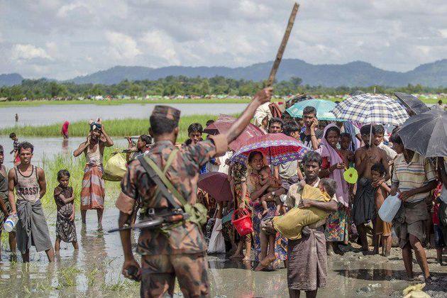 کشتار صدها روهینگیایی توسط ارتش میانمار