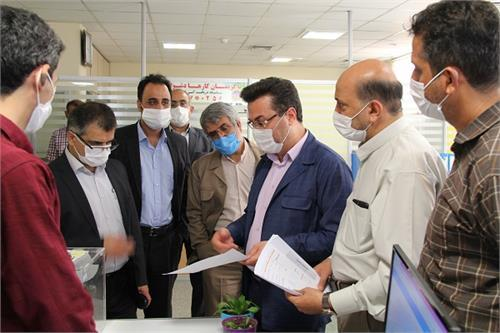 بازدید رئیس سازمان مدیریت و برنامه ریزی استان قم از کمیته امداد