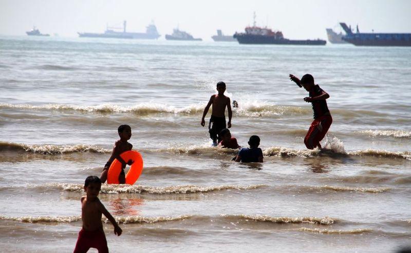 ساحل سورو، کپشکن و خواجه عطا در بندرعباس آلوده است
