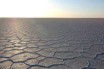بحران در دریاچه نمک قم جدی تر از دریاچه ارومیه شد