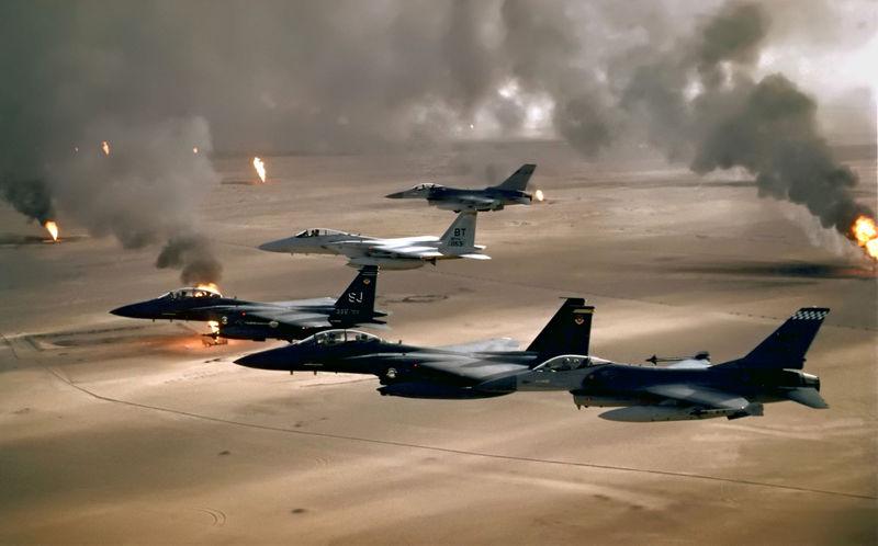 جنگندههای روسیه و سوریه مواضع داعش را بمباران کردند