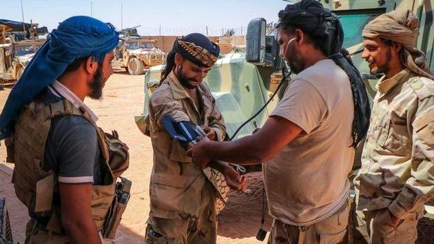 مخالفان سوری مستقر در پایگاه التنف سلاح آمریکایی به داعش میفروشند