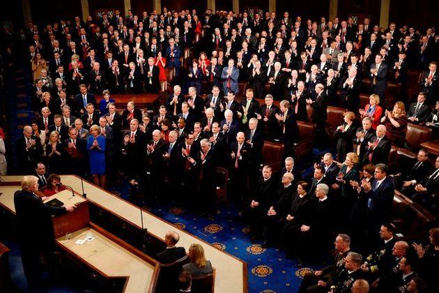 رئیس جمهور آمریکا دموکرات ها خائن نامید