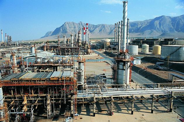 اعلام آمادگی بانک پاسارگاد برای پشتیبانی از طرح های توسعه فولاد مبارکه