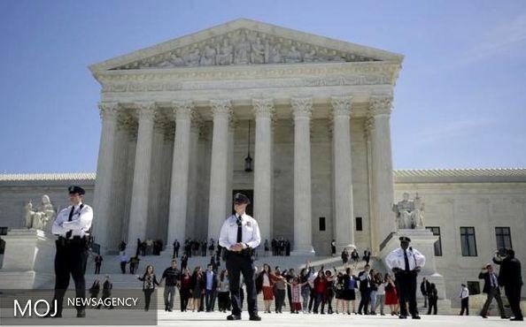 قوانین مهاجرت آمریکا، نابود شد / دادگاه عالی زمینه پرورش جانی را فراهم کرد